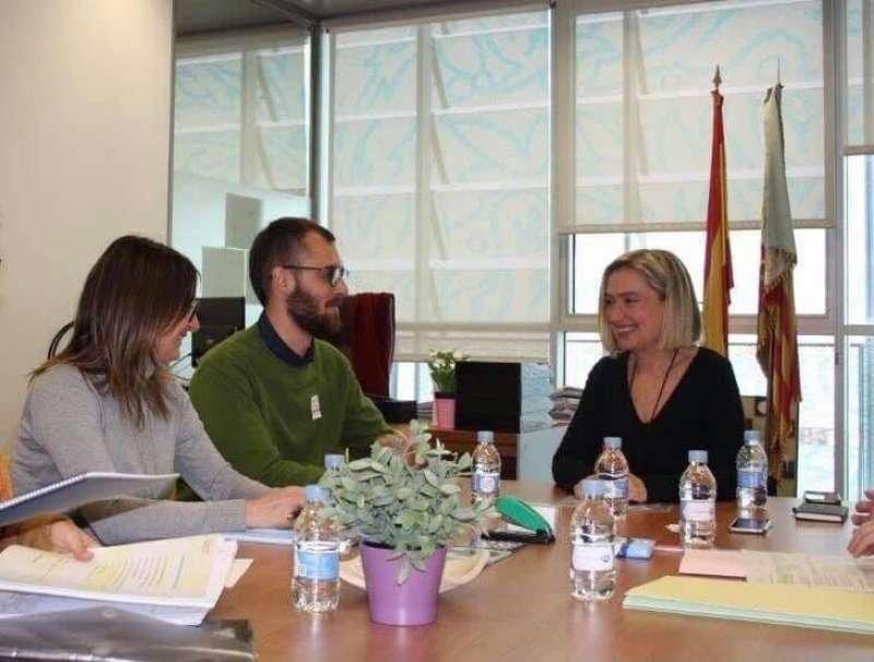 Una de las reuniones para la puesta en marcha del proyecto. EPDA.