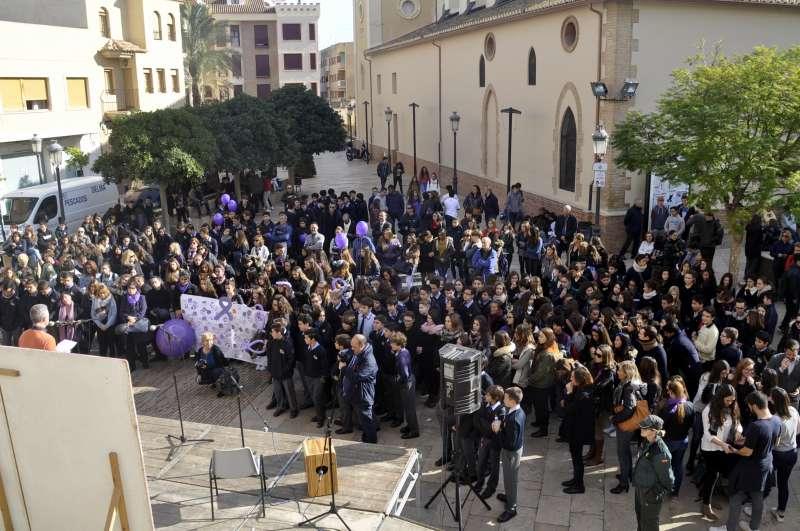 Vista de la manifestació contra la Violència de Gènere.//EPDA