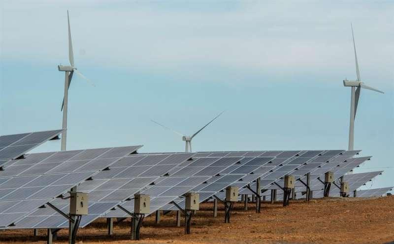 Imagen de la planta fotovoltaica. EFE/Archivo