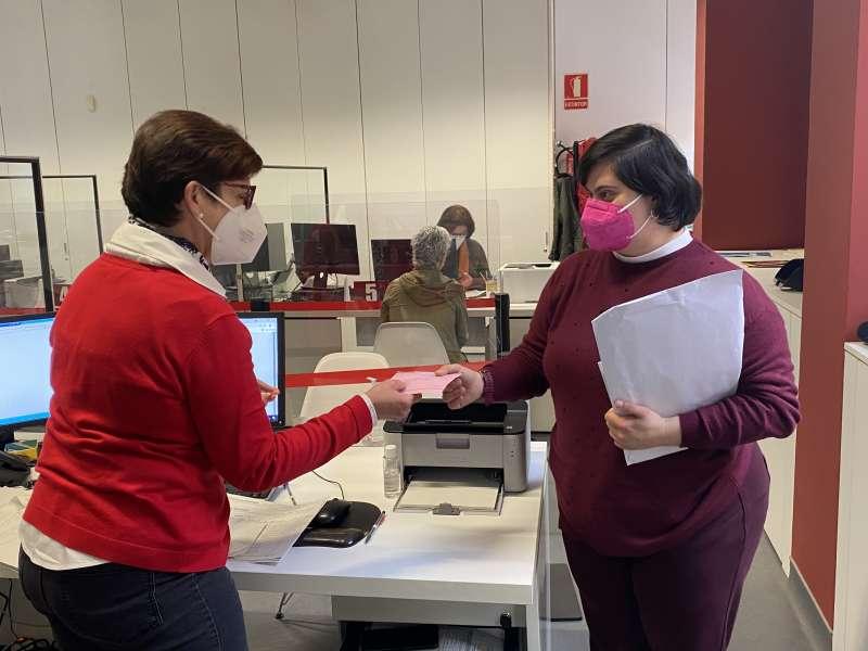 Sheila en la Oficina de Atención Ciudadana de Quart. EPDA