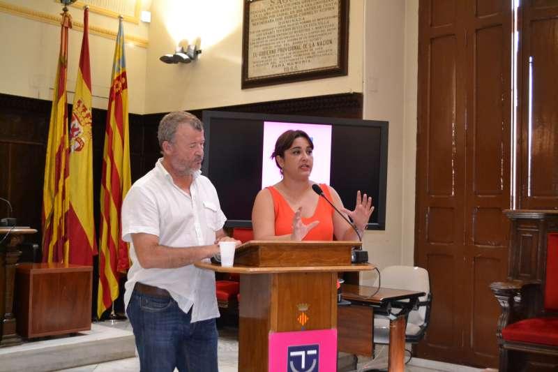 Alcalde de Sagunt, Quico Fernández y edil de Turismo,Natalia Antonino. EPDA