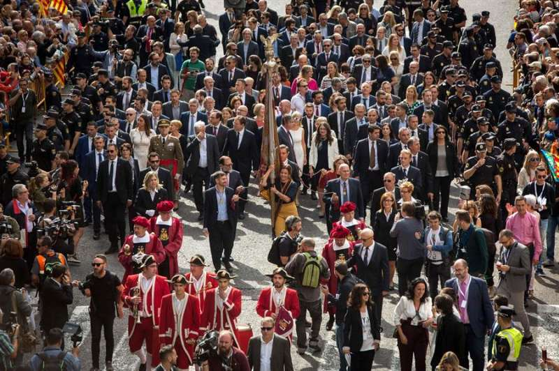 Una imagen de archivo de la procesión cívica. EFE