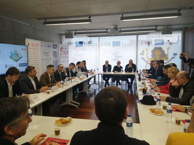 El sector de la administración, industrial y empresarial estuvo representado.