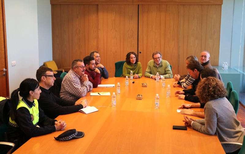 Comisión de trabajo del Ayuntamiento de Torrent para crear un refugio de animales de gestión pública. EPDA