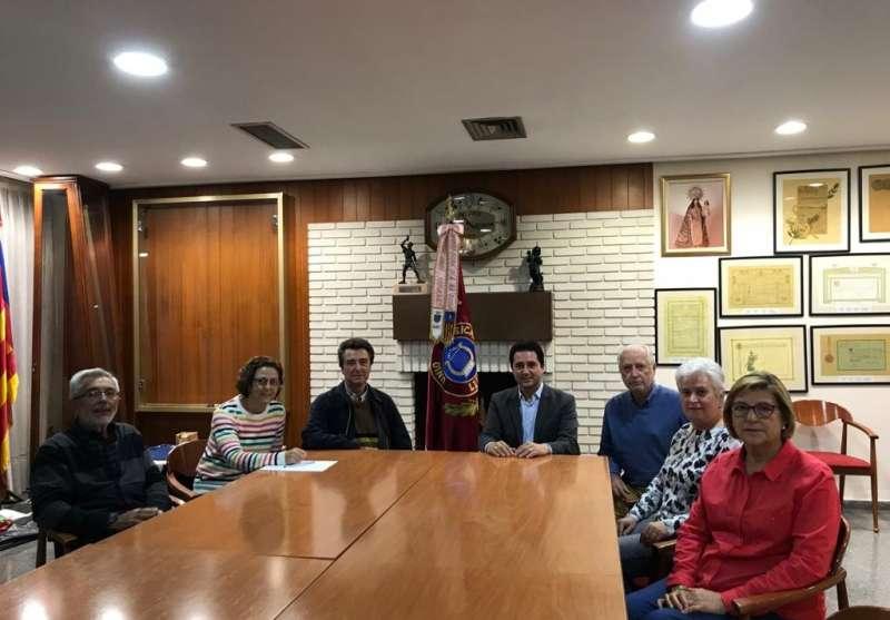 Reunió del diputat autonòmic Paco Garcia amb la Unió Musical de Llíria.
