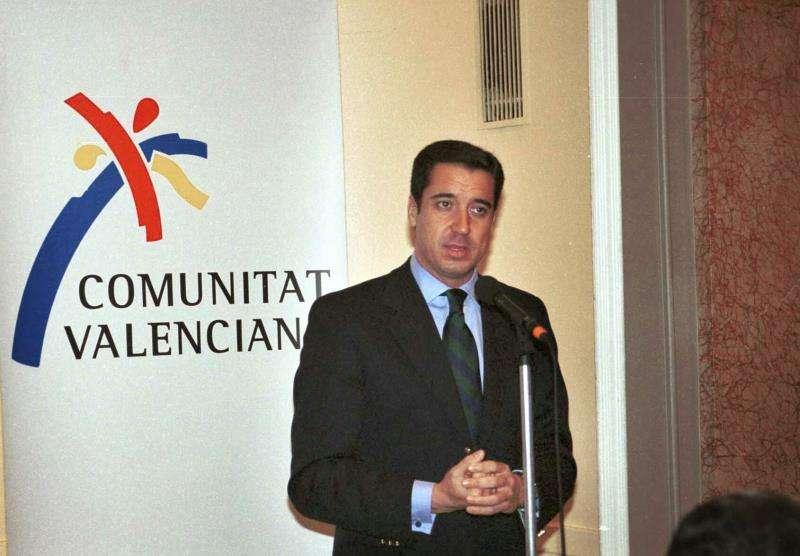 Eduardo Zaplana, durante su etapa como presidente de la Generalitat valenciana. EFE/Archivo