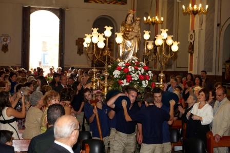 Traslado de la imagen a la parroquia de la Santísima Trinidad y San José. FOTO: EPDA