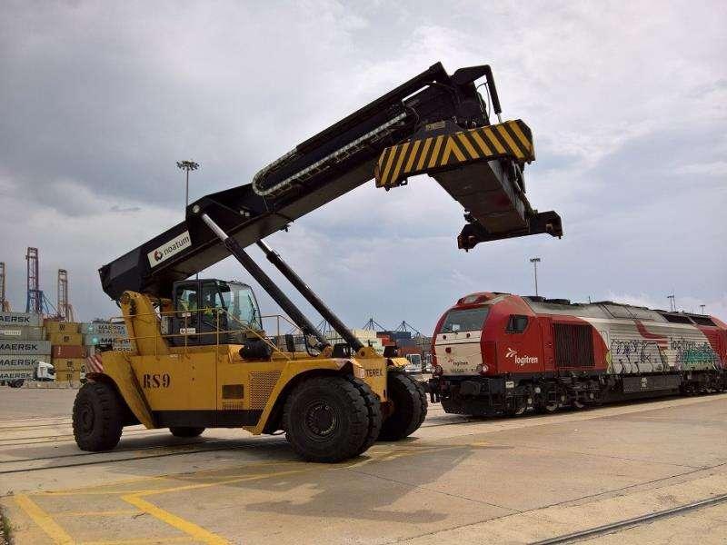 El puerto de Valencia duplica su tráfico ferroviario en los últimos seis años Imagen facilitada por el puerto de Valencia. EFE/Valenciaport