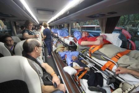 Imagen de uno de los autobuses que viaja a Lourdes. FOTO: JAVIER PEIRÓ / AVAN