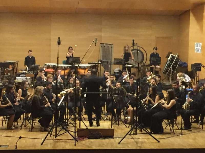 El compositor belga en escena durante una actuación en Requena