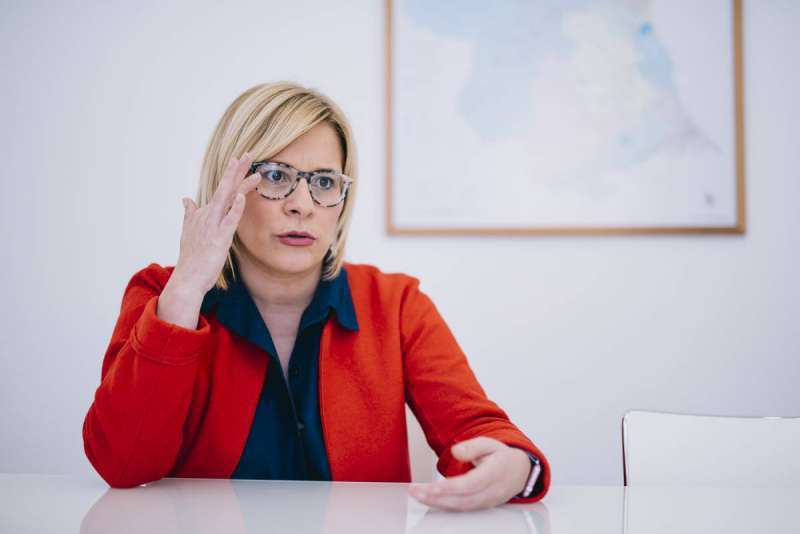 Contelles (PPCV): ?Puig y Oltra pretenden anular las diputaciones y crear 30 nuevos chiringuitos para enchufar a los suyos?