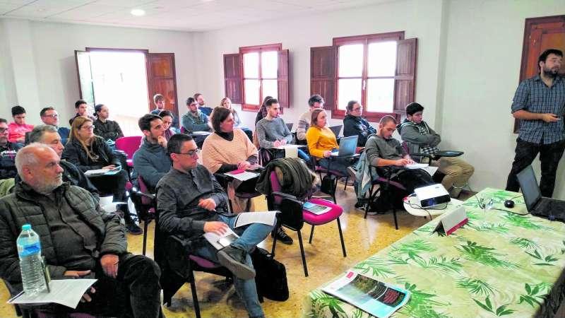 Participants de la I Jornada de Desenvolupament Local a Algímia d?Alfara. EPDA