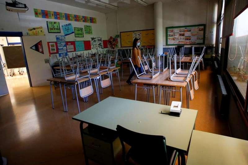 Vista de un aula vacía. EFE/Quique García/Archivo