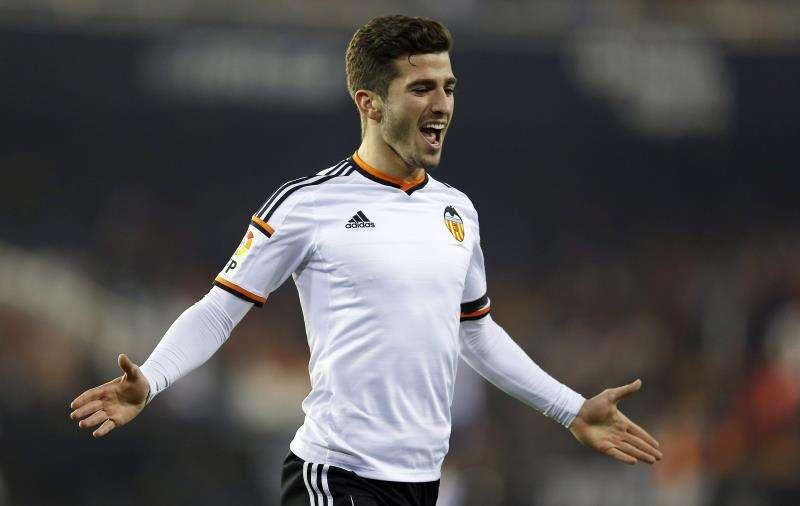 El jugador del Valencia, Jose Luis Gayá, celebra un gol su equipo. EFE/Archivo