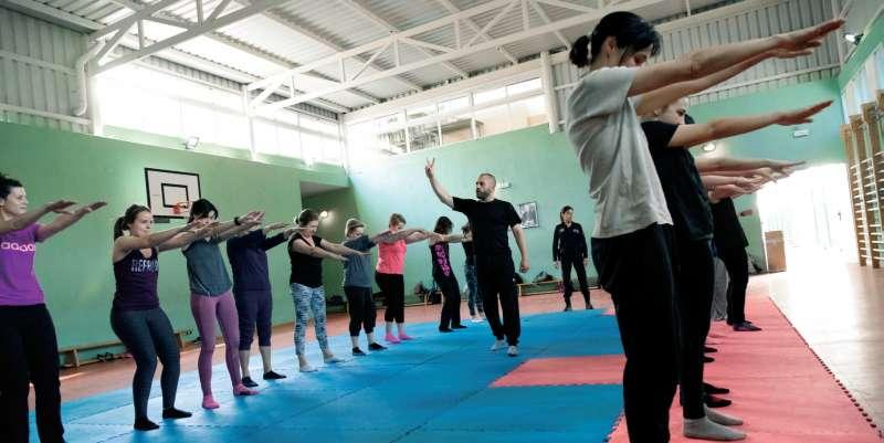 Uno de los cursos de defensa personal en Godella. EPDA