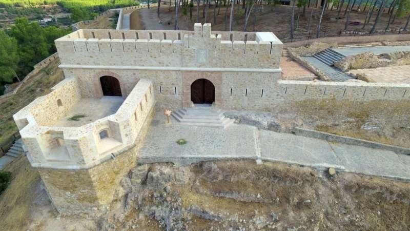 Batería y cuerpo de guardia a la entrada a la fortificación
