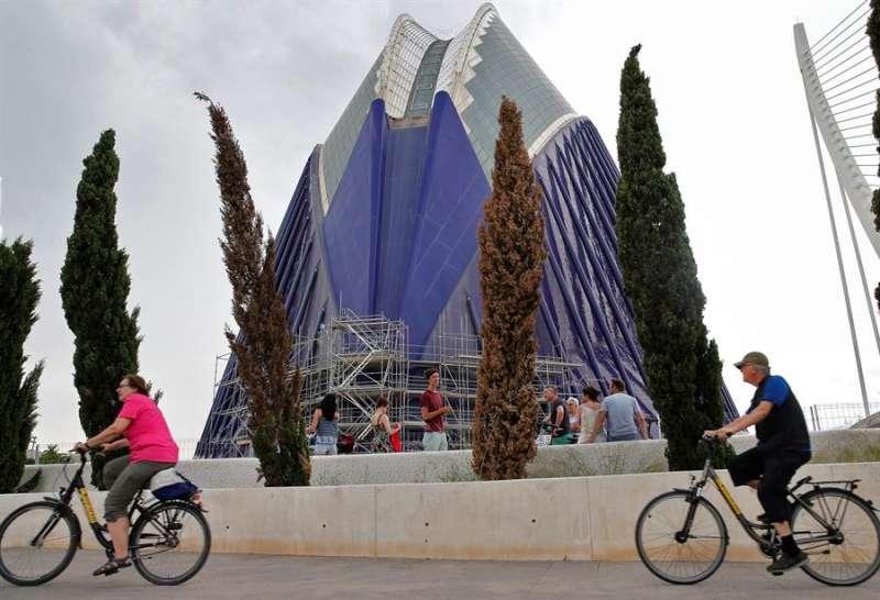 Imagen de archivo de El Ágora, uno de los edificios de la Ciudad de las Artes y las Ciencias de València. EFE/Manuel Bruque.