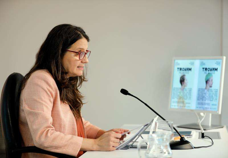 Mónica Oltra durante la rueda de prensa posterior a la sesión plenaria semanal. EFE