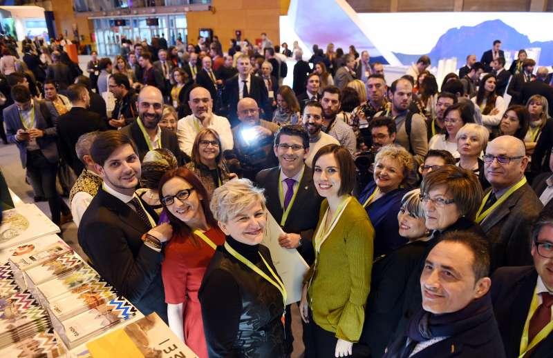 Rodríguez con otros representantes de Diputació en el stand de la Comunitat Valenciana
