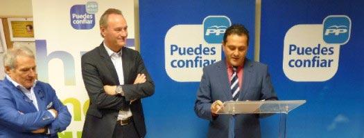Rus y Fabra en la inauguración de la sede del PP de Náquera. FOTO PPCV.COM