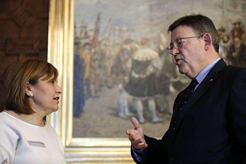 El president de la Generalitat, Ximo Puig, en un encuentro con la presidenta del PPCV, Isabel Bonig. EFE/Archivo