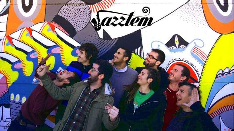 El grupo Jazztem han actuado en la noche del viernes en Sagunt.
