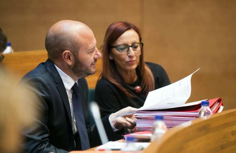 El presidente de la Diputació Toni Gaspar junto a la vicepresidenta María José Amigó. EPDA