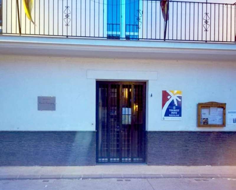 La oficina de turismo está en los bajos del Museo Manolo Rodríguez