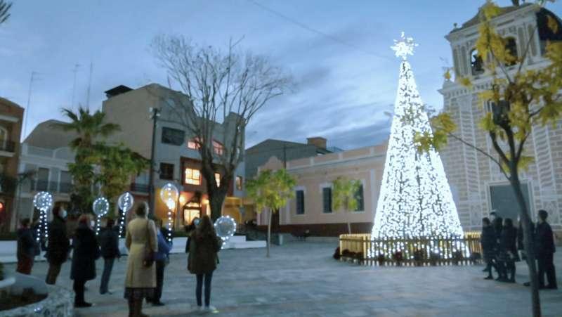 Arbre nadalenc a la plaça major de Picassent