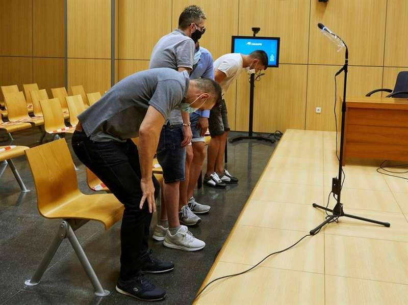 Los acusados en la sala donde han prestado declaración. EFE/Ivan Arlandis