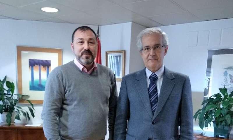 Foto: V.Almenar (ASIMAFE) y R. Martínez (Ministerio de Empleo y Seguridad Social