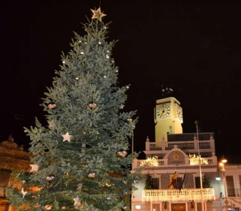 Imagen recurso de un árbol de navidad. -EPDA