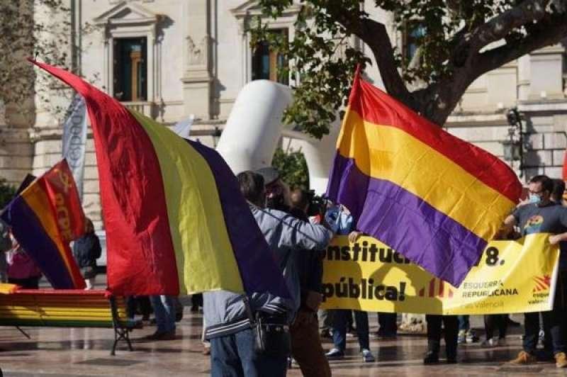 Imagen de la concentración en favor de la república que ha tenido lugar hoy en València. EFE/Organización del acto./ EPDA
