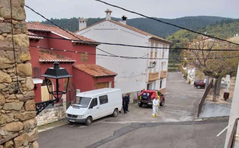 Los bomberos en Villanueva de Viver