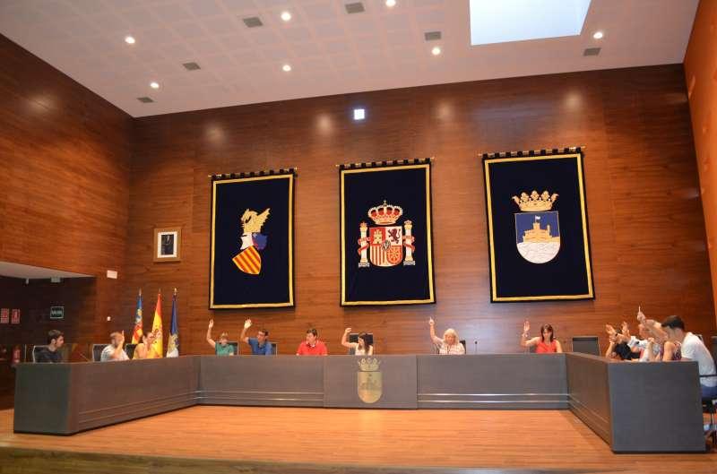 Pleno en el Ayuntamiento de Oropesa del Mar. EPDA
