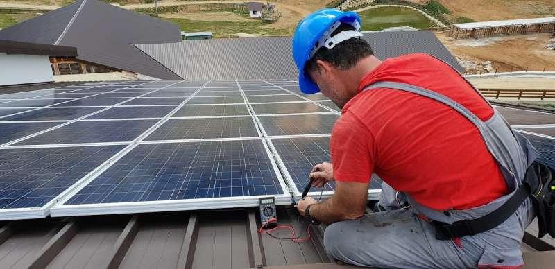 ProponeN que los parques solares se instalen primero en terrenos no agrícolas