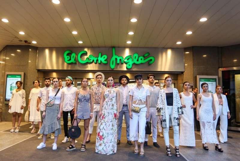 El Corte Inglés y Artenblanc sacan la moda a la calle en la Shopening Night