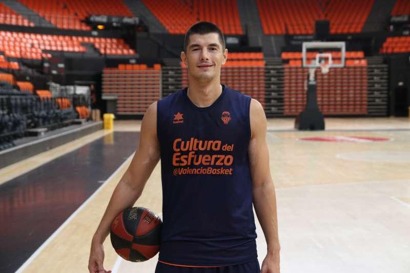 Luka Mitrovic. Valencia Basket