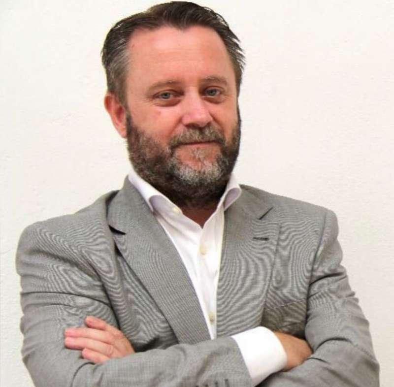 Vicente Raga.