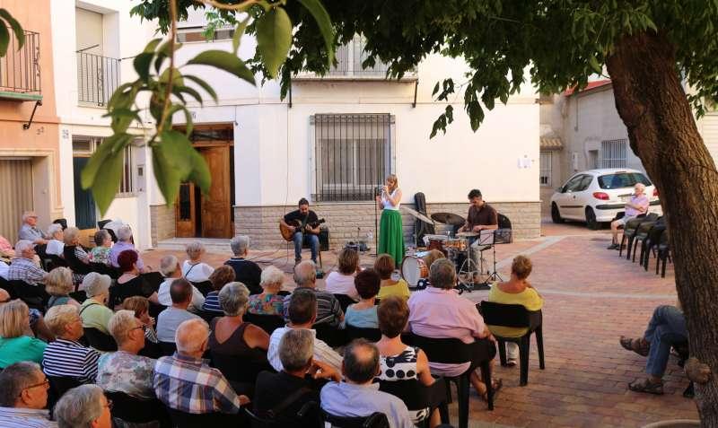 María Gil Trio en plena actuación