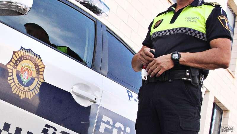 Policía Local de Petrer. Archivo/EPDA
