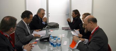La consellera Johnson reunida con Álvaro Middleman y Pablo Caspers en ITB. Foto EPDA