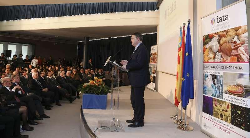 Puig en el 50 aniversario de la creación del Instituto de Agroquímica y Tecnología de los Alimentos del CSIC (IATA)
