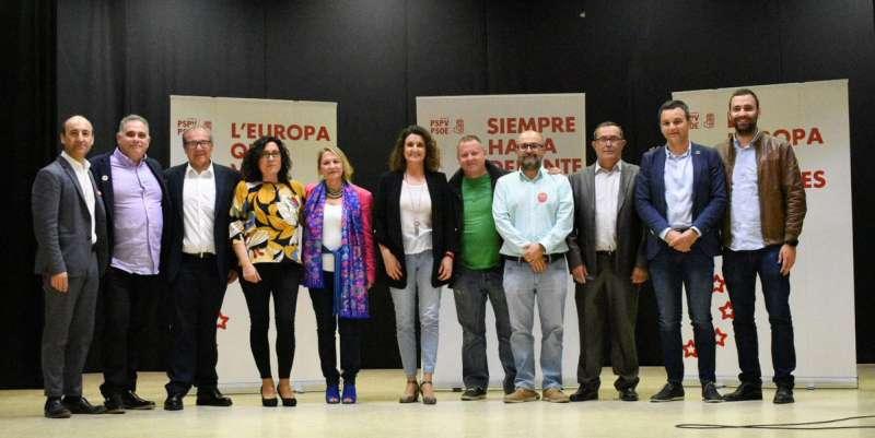Presentación de la candidatura de los alcaldes socialistas de la comarca en Villargordo del Cabriel