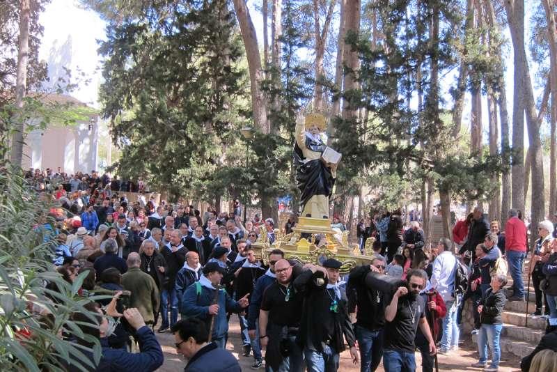 Llíria se vuelca en la devoción por San Vicente