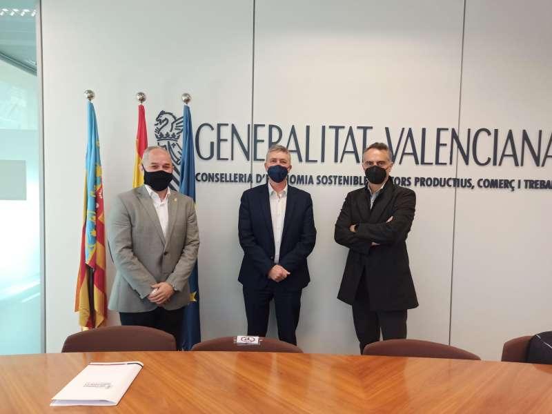 Salvador Puigdengolas, Rafael Climent y Sergio Gordillo en la presentación