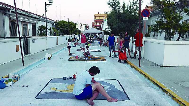 Tradicional concurso de pintura sobre asfalto.