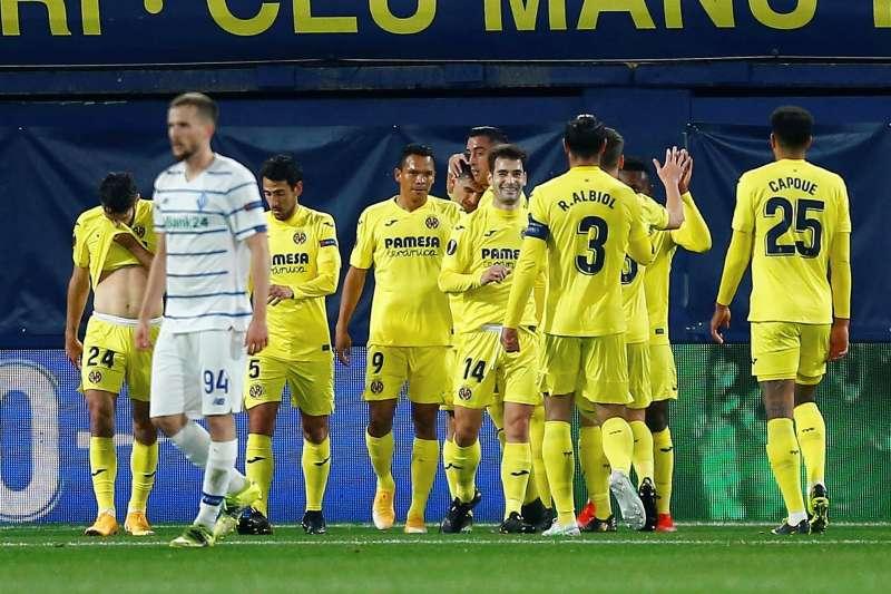 Los jugadores del Villarreal esperan celebrar un troiinfo en la primera jornada de la próxima LIga. EFE/Archivo/Domenech Castelló.