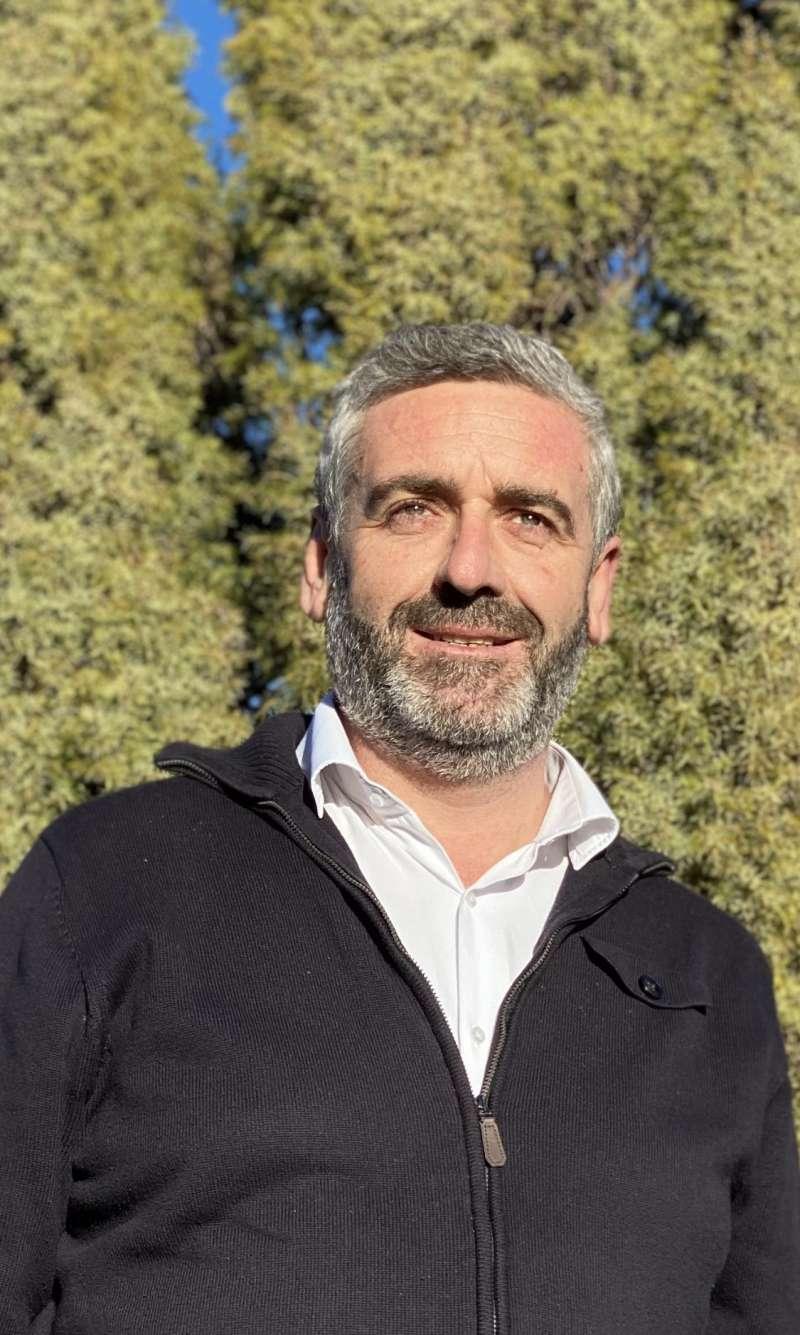 Carlos Gil. EPDA