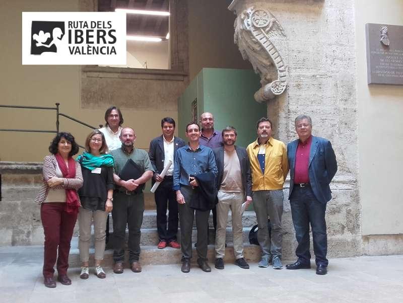 Alcaldes y técnicos de Olocau, Moixent, Ayora, Camporrobles y Llíria con Xavier Rius